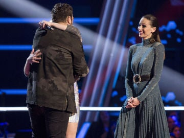 VÍDEO: Un bromista Antonio Orozco 'echa en cara' a Lorena Santos que en 'La Voz Kids' prefirió irse con David Bisbal
