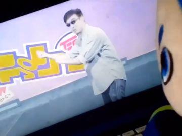 Momento en el que aparece el hombre en el vídeo