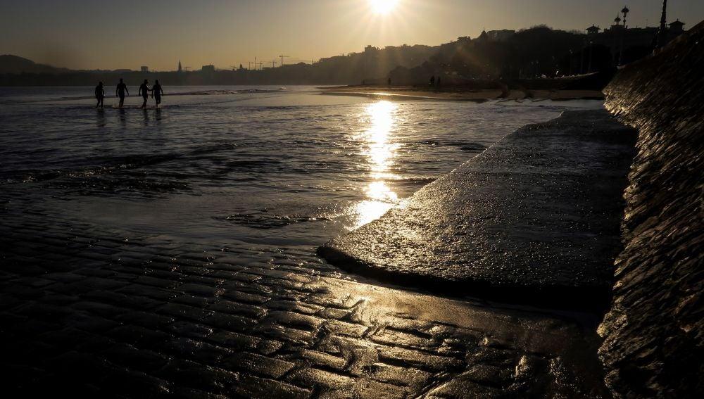 Imagen de archivo de la playa de Ondarreta de San Sebastián