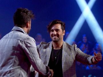 """Pablo López confiesa la emotiva historia que esconde su canción 'Vi': """"David Bustamante me mostró un balcón que me empujó a luchar cuando no tenía nada"""""""