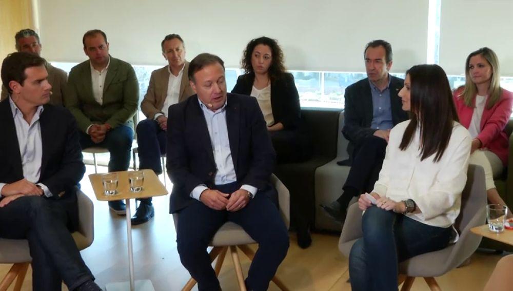Rivera presenta al exsocialista Mesquida como el ministro del Interior que se merece España