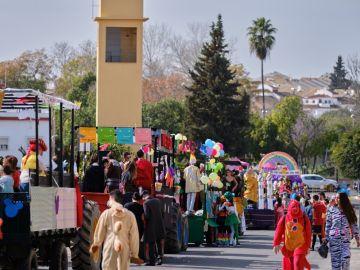 Desfile de carnaval en Gines