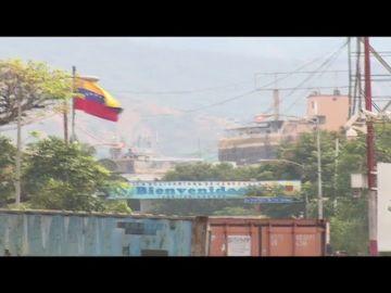 Venezuela coloca nuevas barreras en la frontera con Colombia