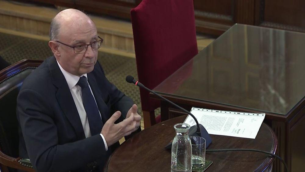 Montoro dice que la Generalitat pudo defraudar el control impuesto y que Hacienda presentó siete denuncias