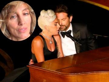 Lady Gaga, Bradley Cooper y Jennifer Esposito