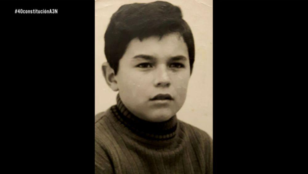 La niñez de José Pinto contada en el 40 aniversario de la Constitución