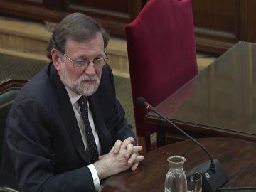 """Rajoy: """"Ningún presidente del Gobierno puede aceptar que alguien liquide la legalidad del país"""""""