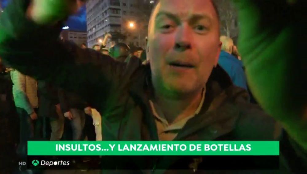 Así fue el abrupto paso de los ultras del Ajax por Madrid: bengalas, 'invitados' polacos...