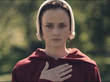 Emily en 'El cuento de la criada'
