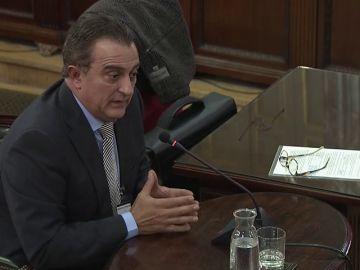 """Los Mossos avisaron a Puigdemont, Junqueras y Forn de una """"escalada de violencia"""" el 1-O"""