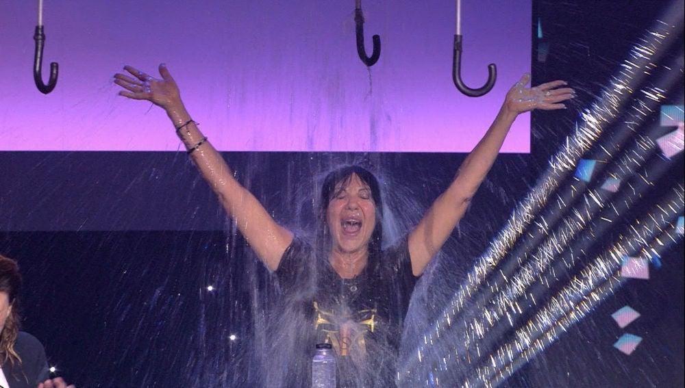 Andrea, a punto de perder un dedo por la rapidez de Maribel en 'Que llueva, que llueva'