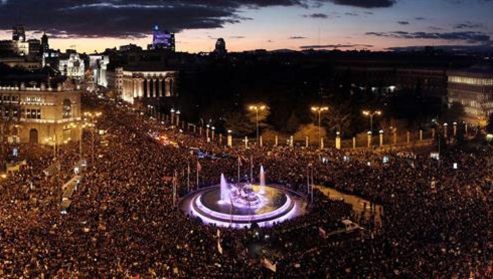 Vista general de la marcha feminista celebrada este viernes en Madrid