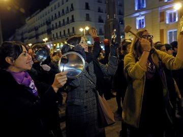 Cacerolada en Puerta del Sol