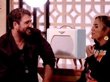 """VÍDEO: Antonio Orozco y Karol G: """"Las buenas Batallas son las que están peleadas"""""""