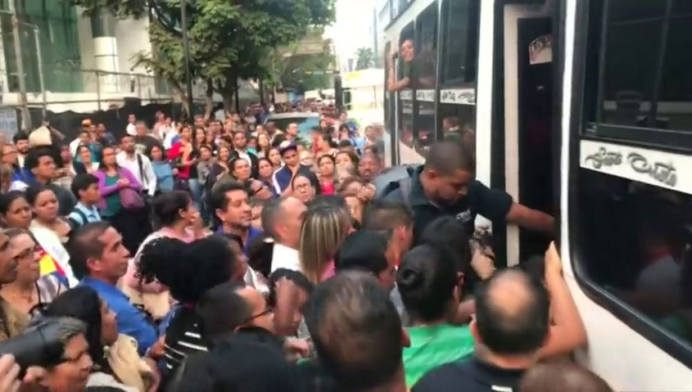 Caos y preocupación en Venezuela por un nuevo apagón