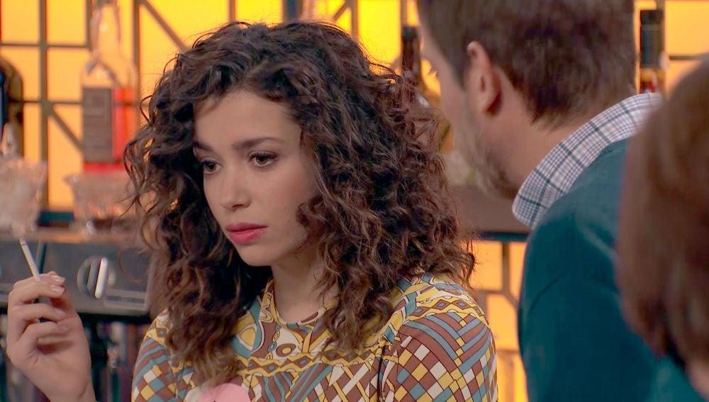 Amelia, se ofende con la insensibilidad de Marcelino sobre el lesbianismo