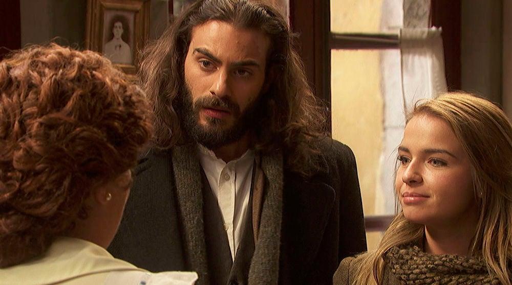 Un descompuesto Isaac descubre que Elsa se va a casar con Álvaro