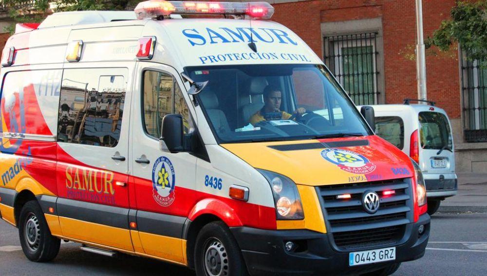 Un vehículo del Samur en Madrid.