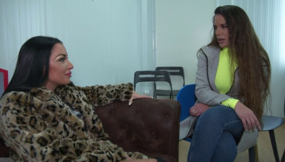 Lorena Fernández, molesta en el ensayo de su Batalla de 'La Voz' con Elena Vargas al creer que el tono la perjudica