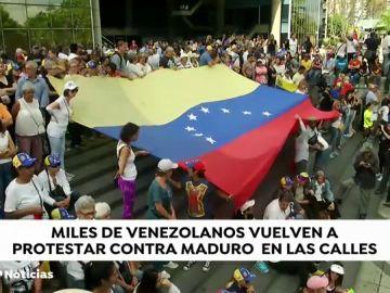 Miles de venezolanos se echan de nuevo a la calle para protestar contra Maduro