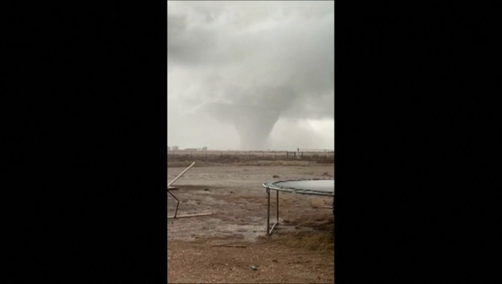 Dos tornados azotan Nuevo México provocando varios heridos