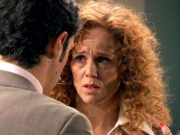 """Natalia le suplica a Carlos: """"No le cuentes a nadie lo que te he dicho"""""""