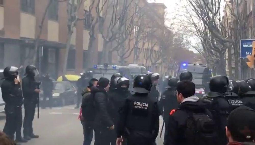 Cinco hinchas del Olympique de Lyon, heridos tras ser atacados en Barcelona