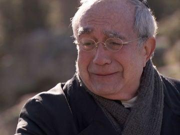 Don Anslemo, al borde de la muerte, pierde la fe en la vida