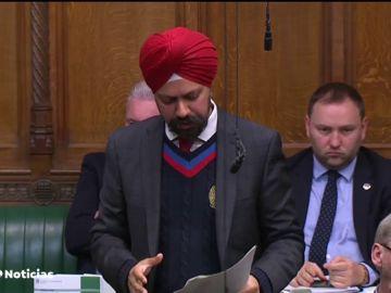 El Parlamento británico decide si pide a la Unión Europea una prórroga para el 'brexit'