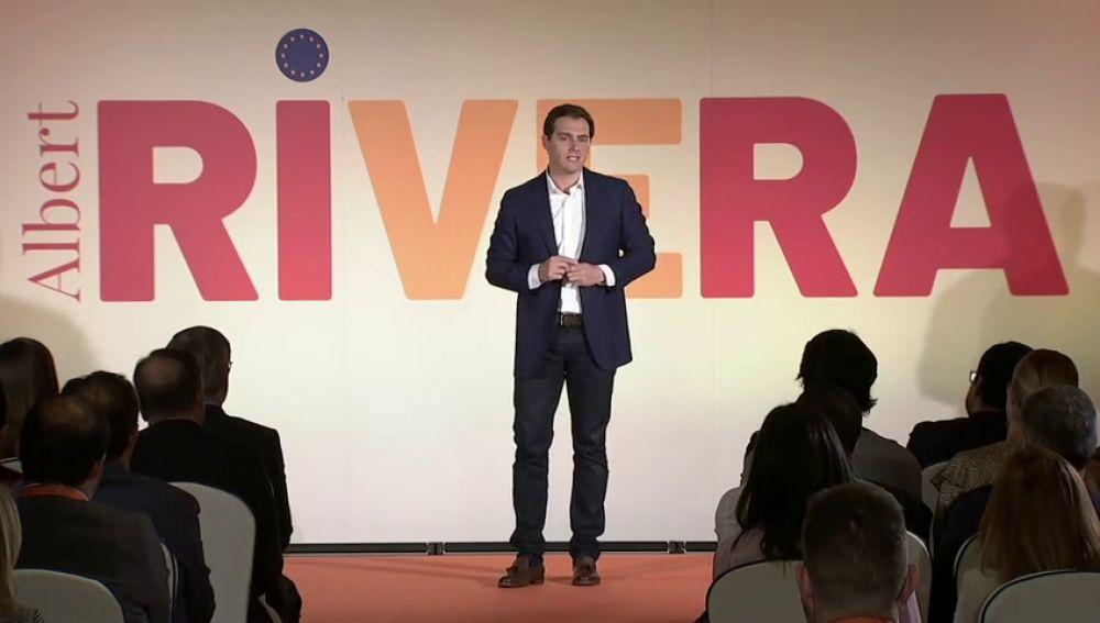 Rivera también quiere un cara a cara con Pedro Sánchez