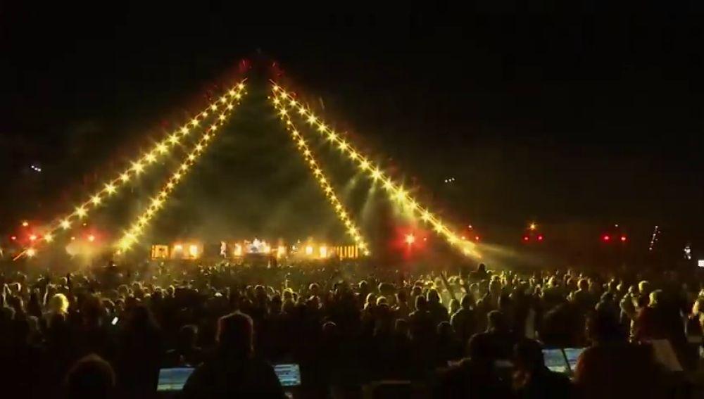 Red Hot Chili Peppers hace historia al dar un concierto desde las pirámides de Egipto