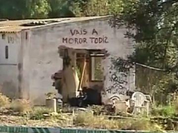 Imagen de la parcela donde vivía la familia de los niños asesinados en Godella