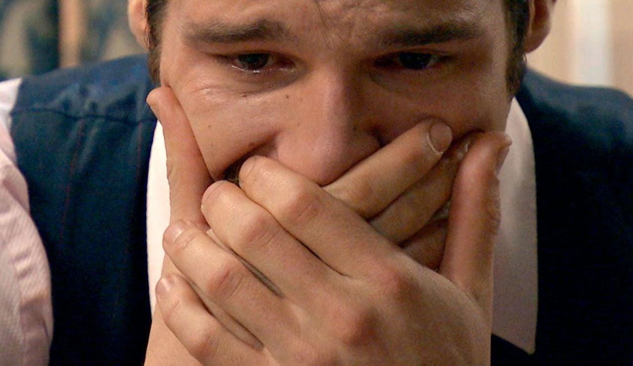 Carlos se siente responsable de la muerte de Covadonga