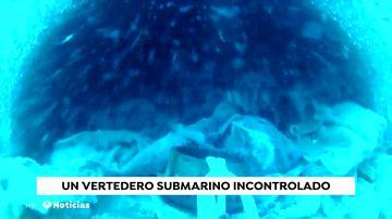REEMPLAZO Indignación en Málaga: nueve toneladas de toallitas se acumulan en la playa de Nerja