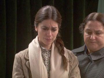 """Elsa anuncia públicamente que no se casa:""""Álvaro me ha abandonado"""""""