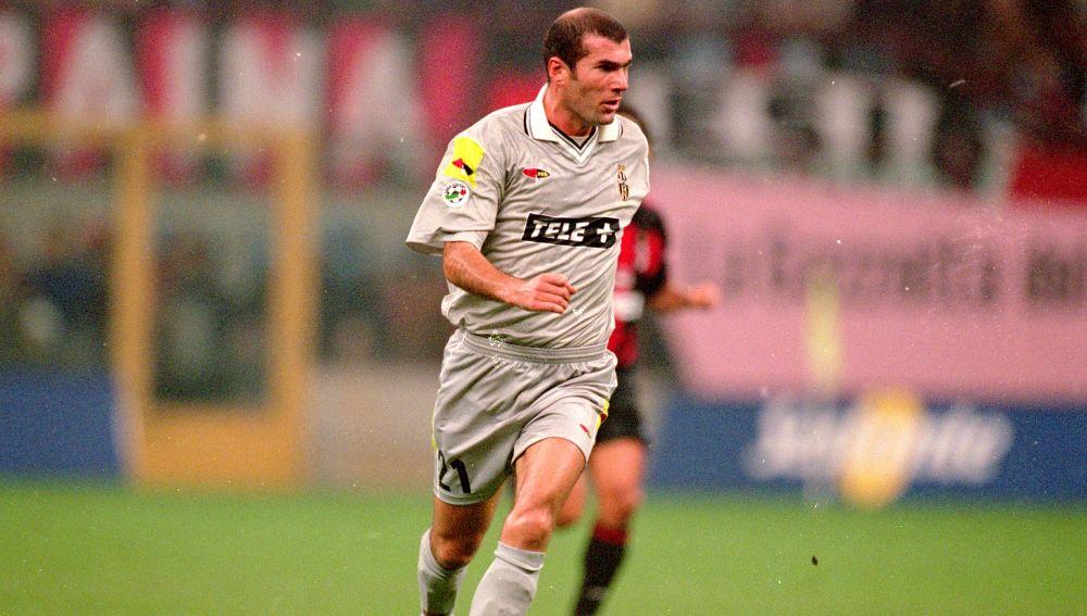 Zidane, en un partido con la Juventus