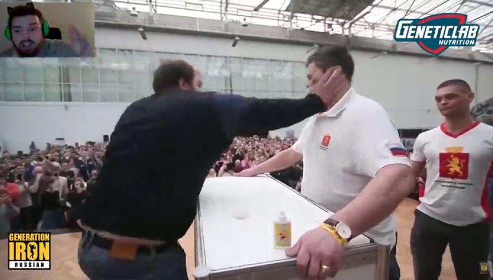 """La descacharrante narración del 'torneo de hostias entre rusos': """"¡Lo ha matado, dadle ya la copa!"""""""