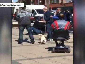Detienen a tres personas en Valladolid por altercados alrededor de una mesa informativa de Vox