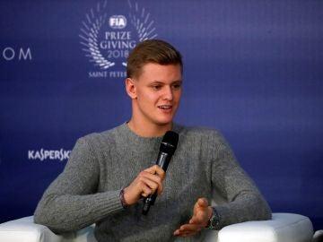 Mick Schumacher, durante una conferencia