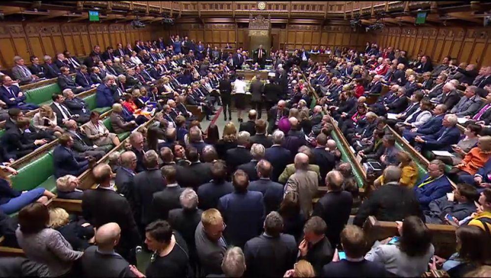 Los diputados británicos podrán proponer alternativas al Brexit ta el miércoles