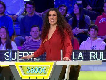 Jorge Fernández y el público de 'La ruleta de la suerte' rendidos ante la asombrosa jugada de Mónica