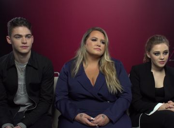 Hero Fiennes, Anna Todd y Josephine Langford promocionan 'After'