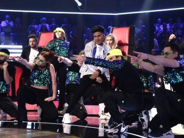 VÍDEO: Lion canta 'Uptown funk' en los Directos de 'La Voz'