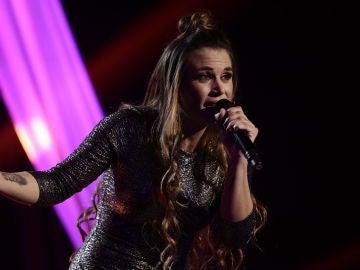 VÍDEO: Lorena Fernández canta 'Solamente tú' en los Directos de 'La Voz'