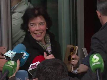 """La reacción de Isabel Celaá sobre el lema del PSOE: """"¡Es de Titanic, es precioso!"""""""