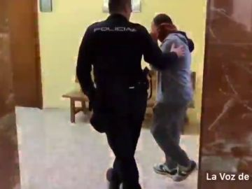 El asesino de una mujer por violencia de género es condenado, por primera vez en España, a prisión permanente revisable