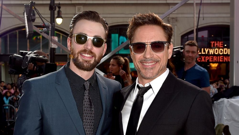 Chris Evans y Robert Downey Jr.