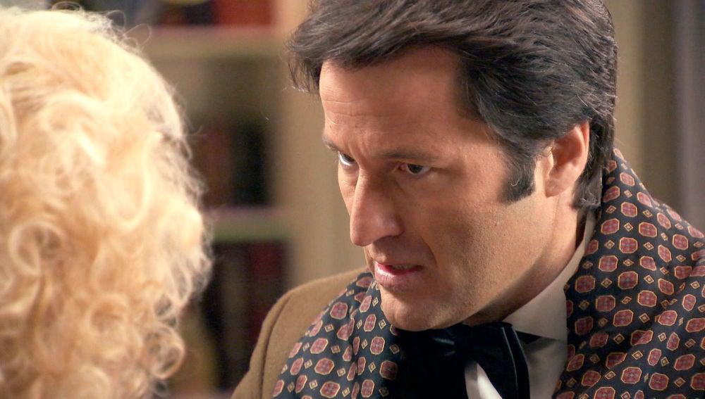 Gabriel se enfrenta a su madre, culpable de que su boda con Natalia no se haya celebrado