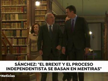 """Pedro Sánchez compara el 'brexit' con el independentismo catalán: """"Son proyectos basados en mentiras"""""""