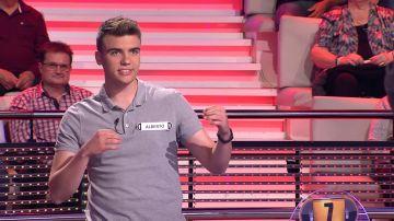 Alberto supera el reto: así suena la sintonía de '¡Ahora caigo!' en versión 'beatbox'